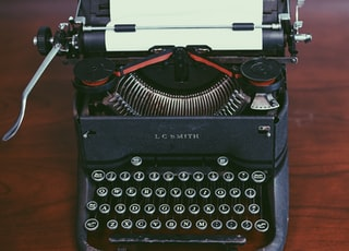 black typewriter machine