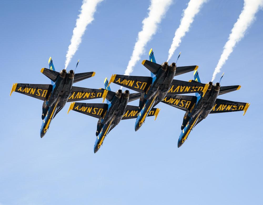 black jet planes