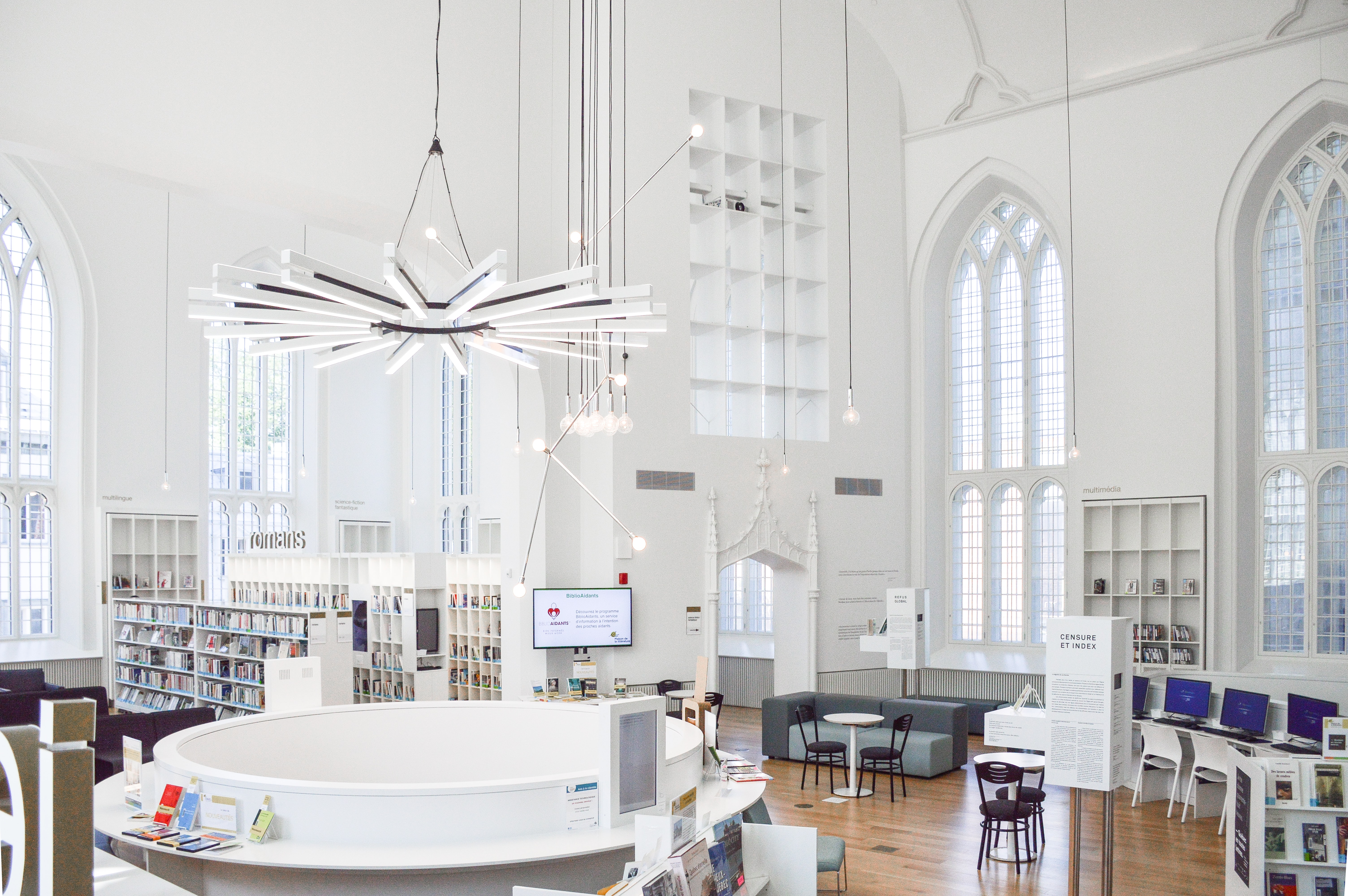 A bright white library and open space in Québec City