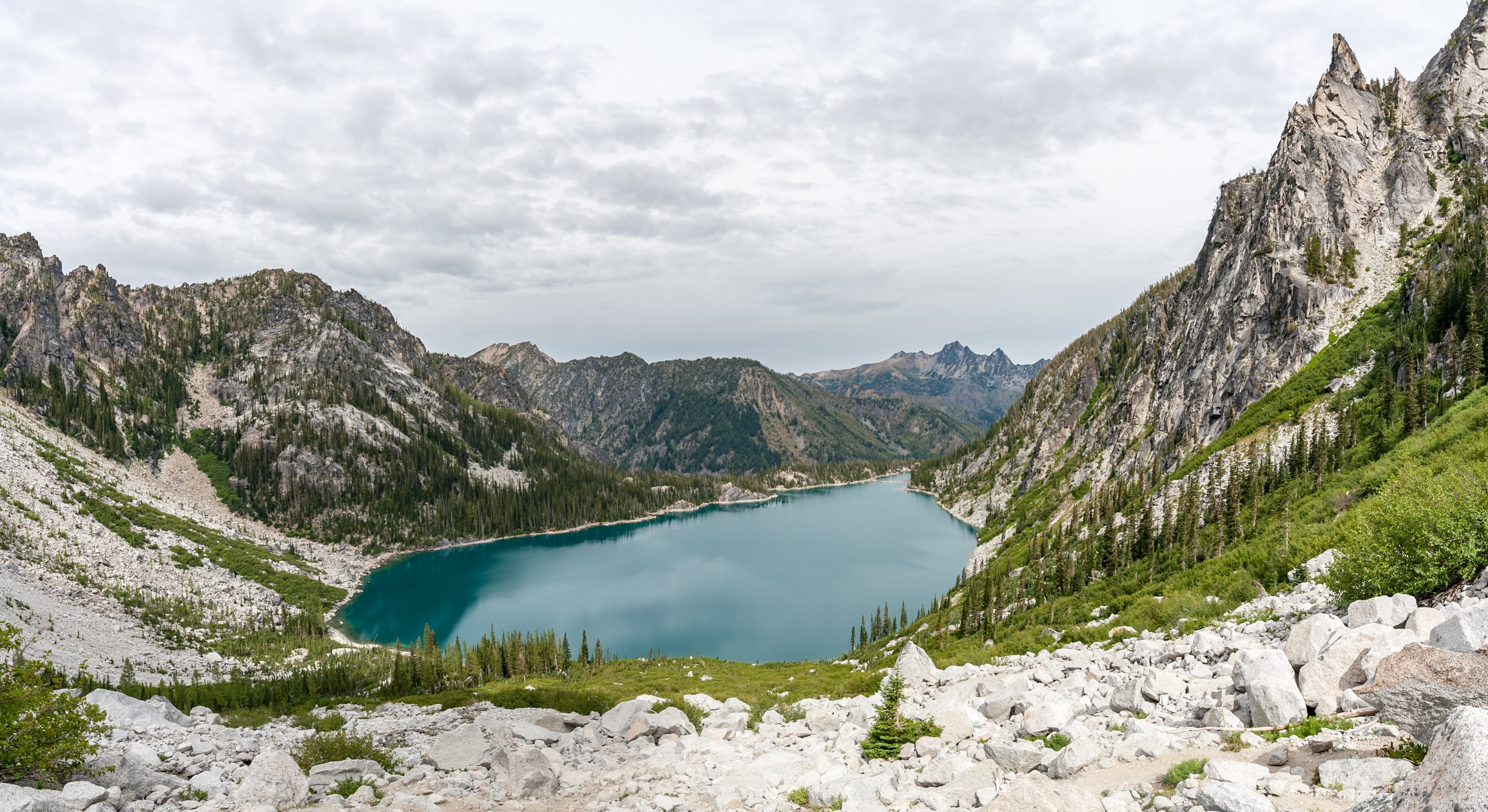 landscape photography of lake and mountains at daytime