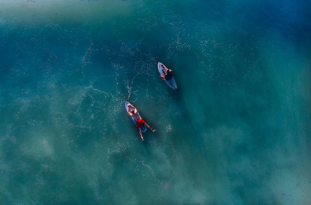 Calm blue sea surfing