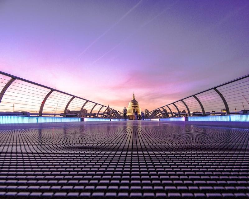 Evening over Millennium Bridge photo by James Padolsey