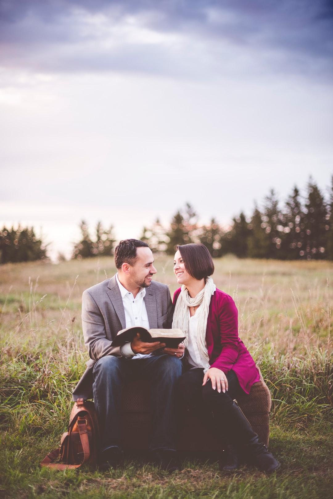 Book couple on ottoman