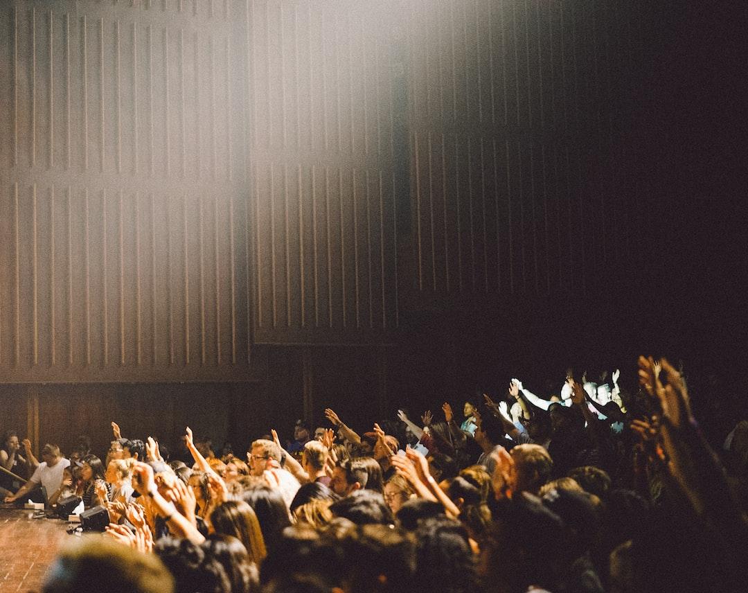 <b>people</b> raising their hands photo – Free Image on Unsplash