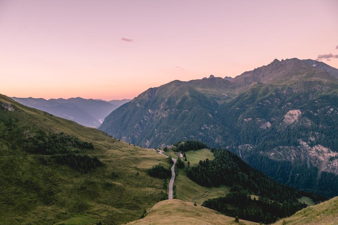 mountain ridge landscap eye - HD1600×1066