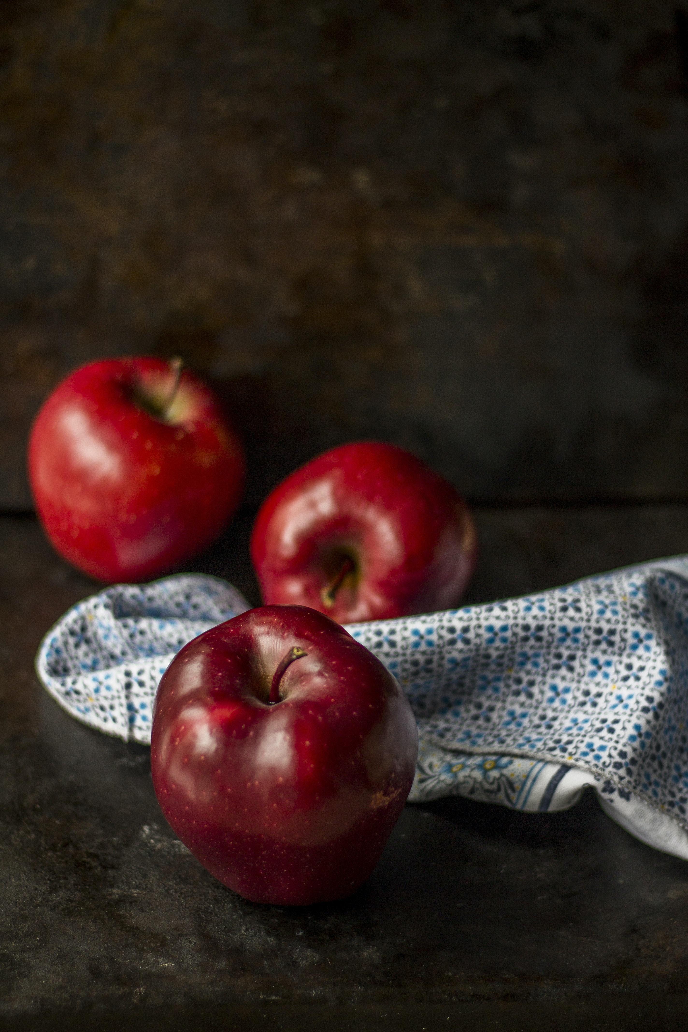 The Apple! apple stories