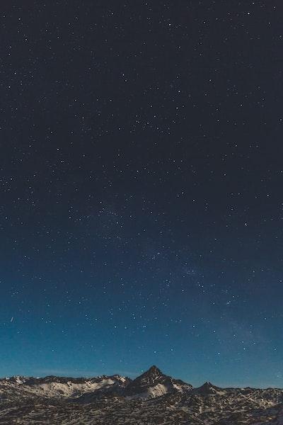 3750. Az ég színei