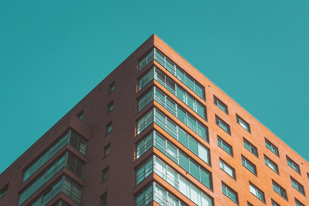 brown concrete high-rise building