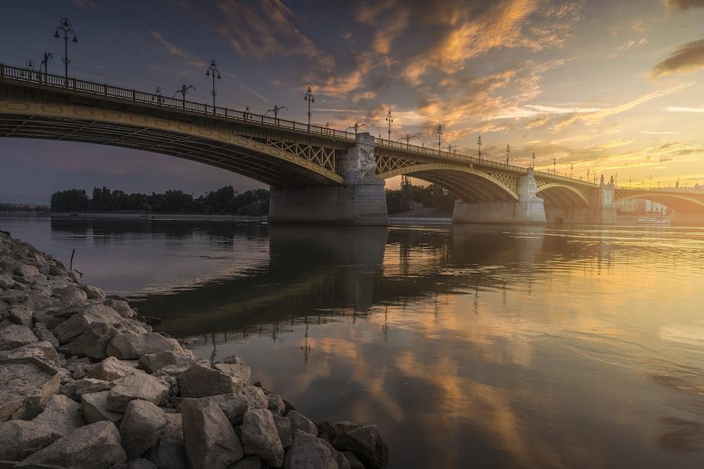 bridge under blue sky