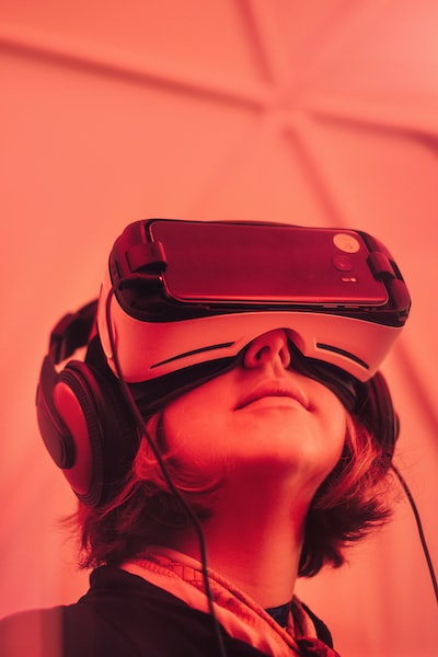 girl wearing VR goggle