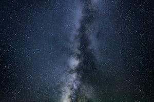 3840. Az ég színei