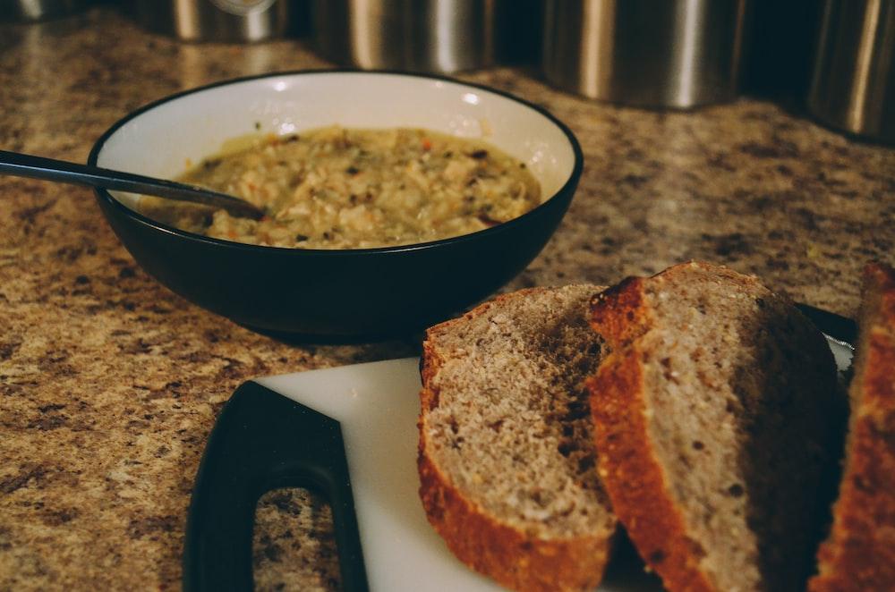 sliced bread beside porrage