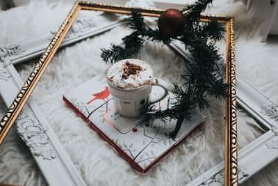 8. December  calendar stories