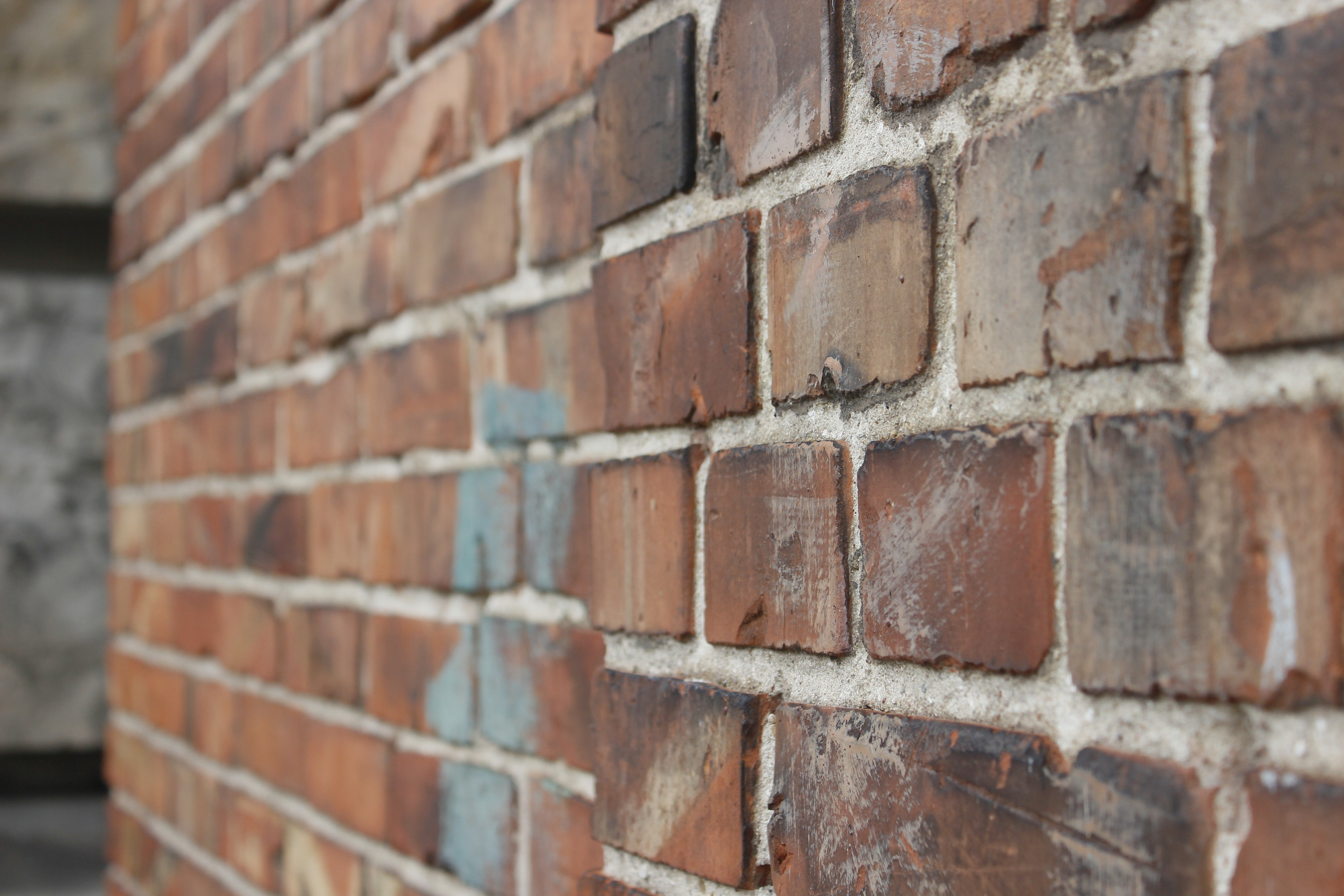 closeup photo of brown bricks