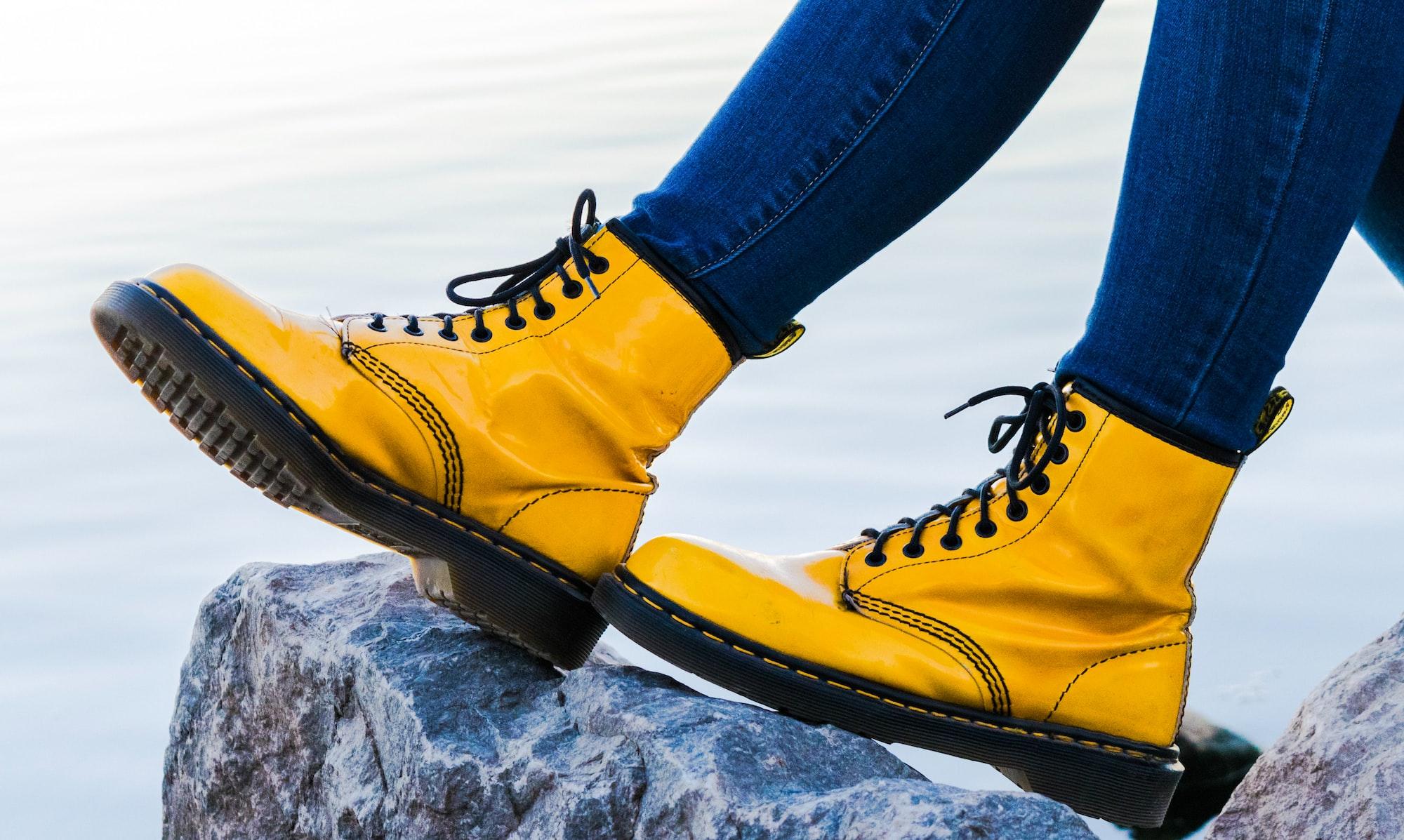 Giày boots - Sản phẩm giúp nâng tầm phong cách thời trang của bạn