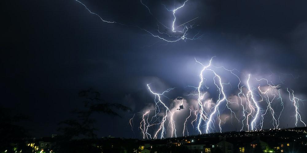 lightnings during nighttime
