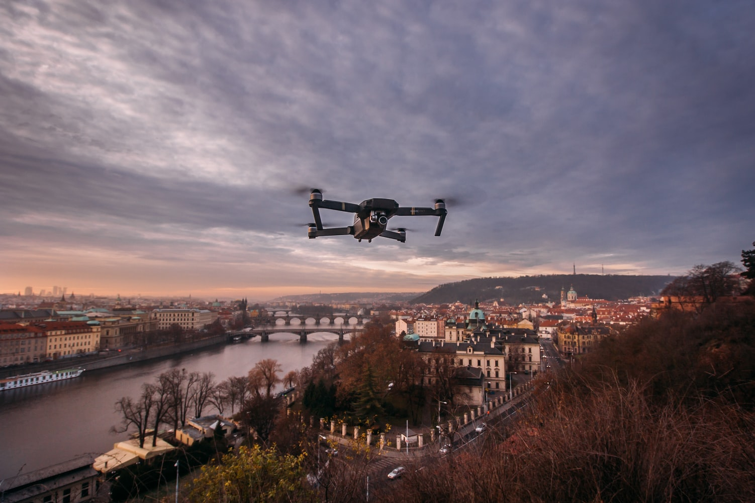 drone flying high with an aireal view of the city