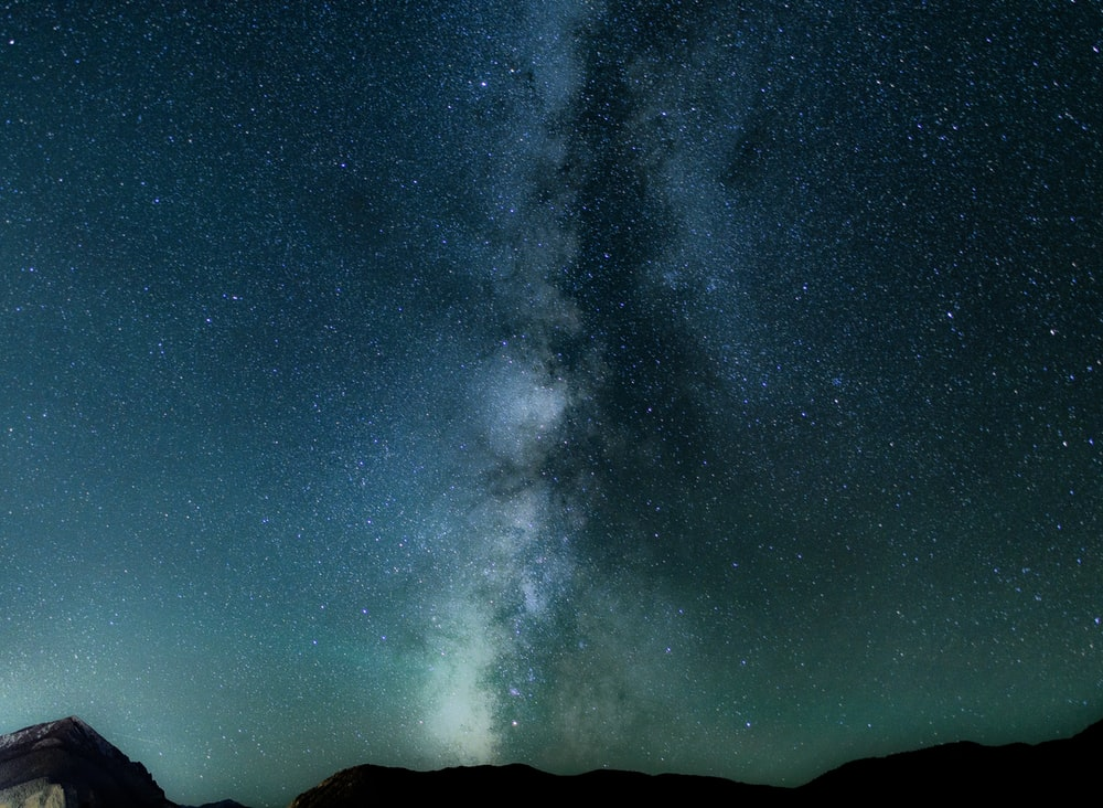 photo of milky way during nighttime