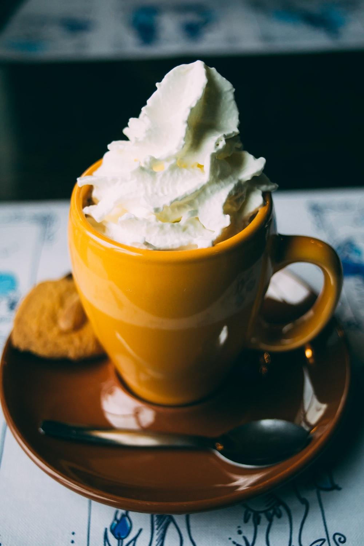coffee latte on ceramic mug