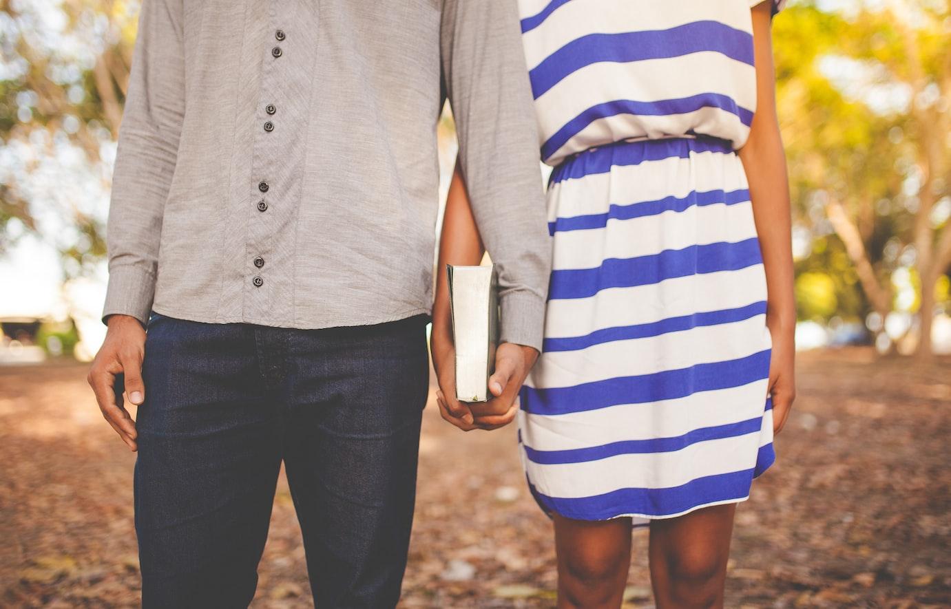 ciri orang jatuh cinta
