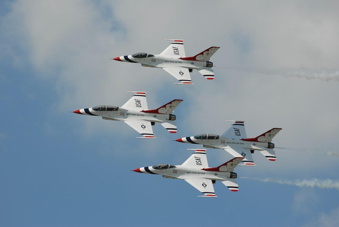 Pentagon Plans F-16 Man vs AI in 2024