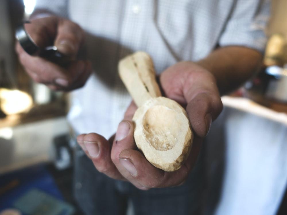 cuchillos para tallar madera
