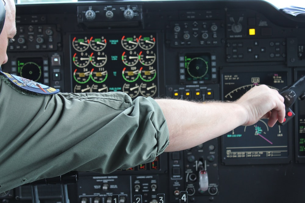 photo of pilot calibrating knobs