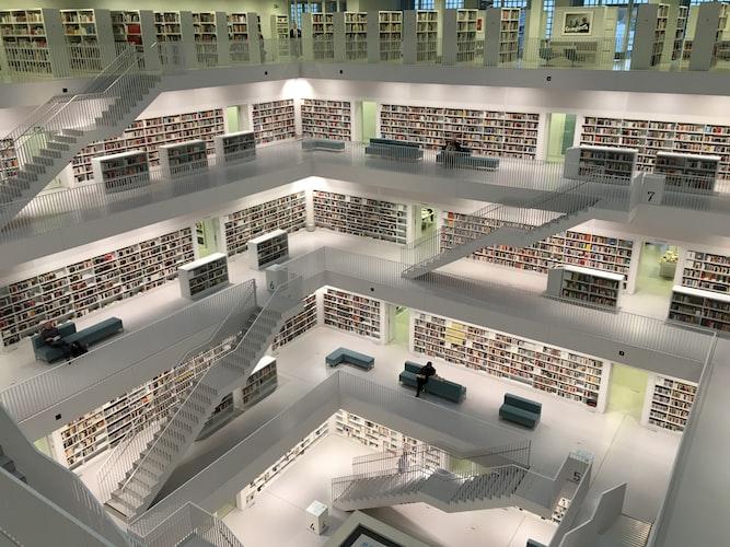 Gestire l'eredità culturale d'impresa con gli Archivi Digitali