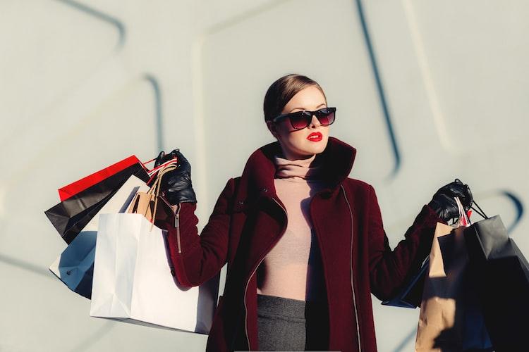 online shopper in the UK