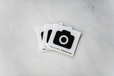 3つのカメラのイラスト