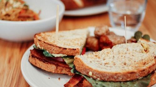 The New Zealand Bushman's Sandwich