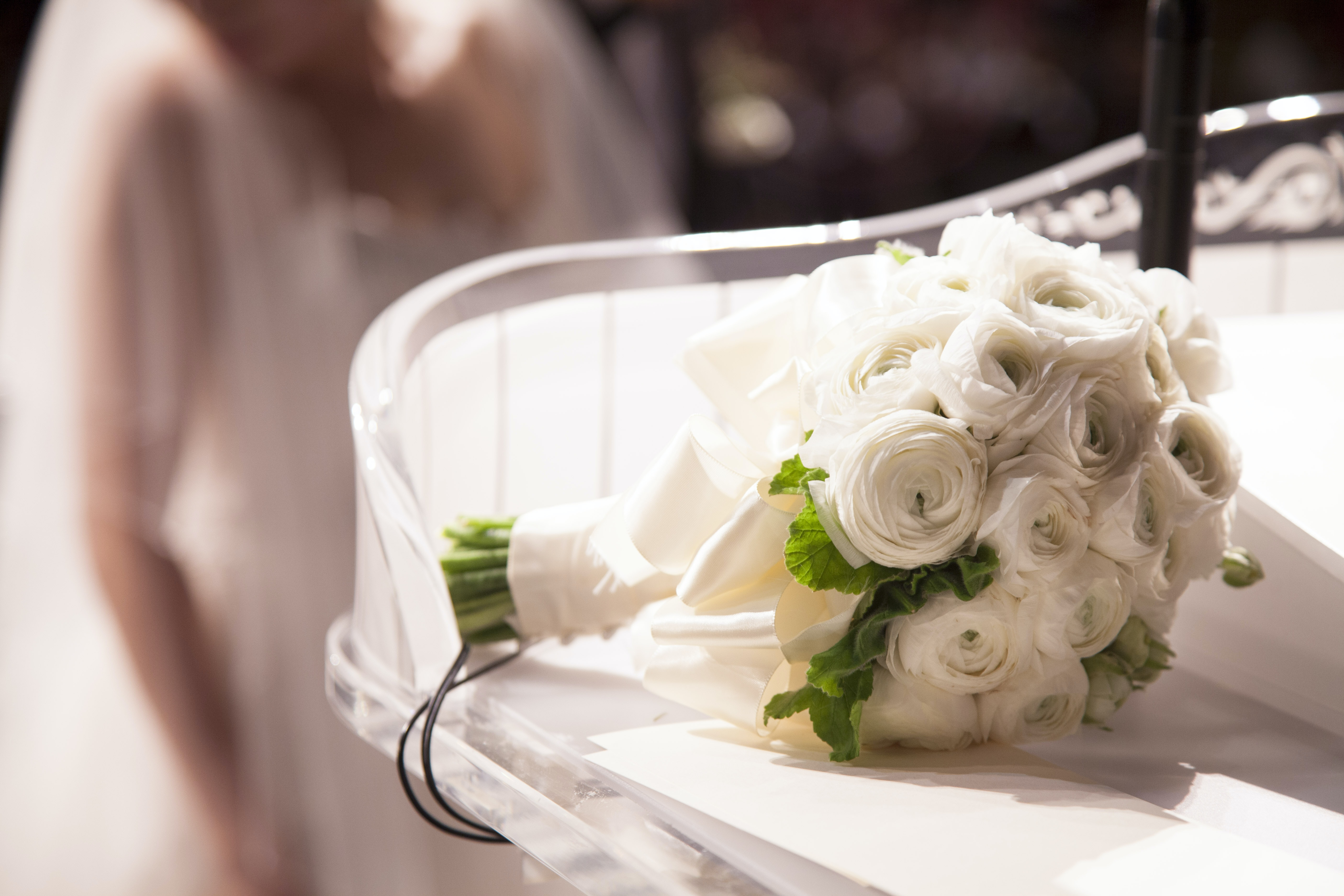 white bouquet of flowers