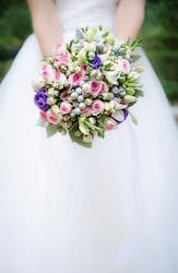 「立てば芍薬座れば牡丹歩く姿は百合の花」の正しい使い方は?意味や例文をわかりやすく解説!