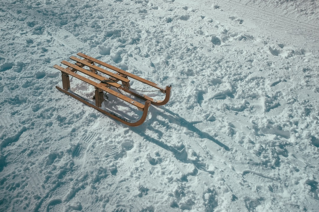 Lonely sleds
