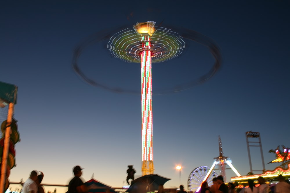 lighted spin amusement ride