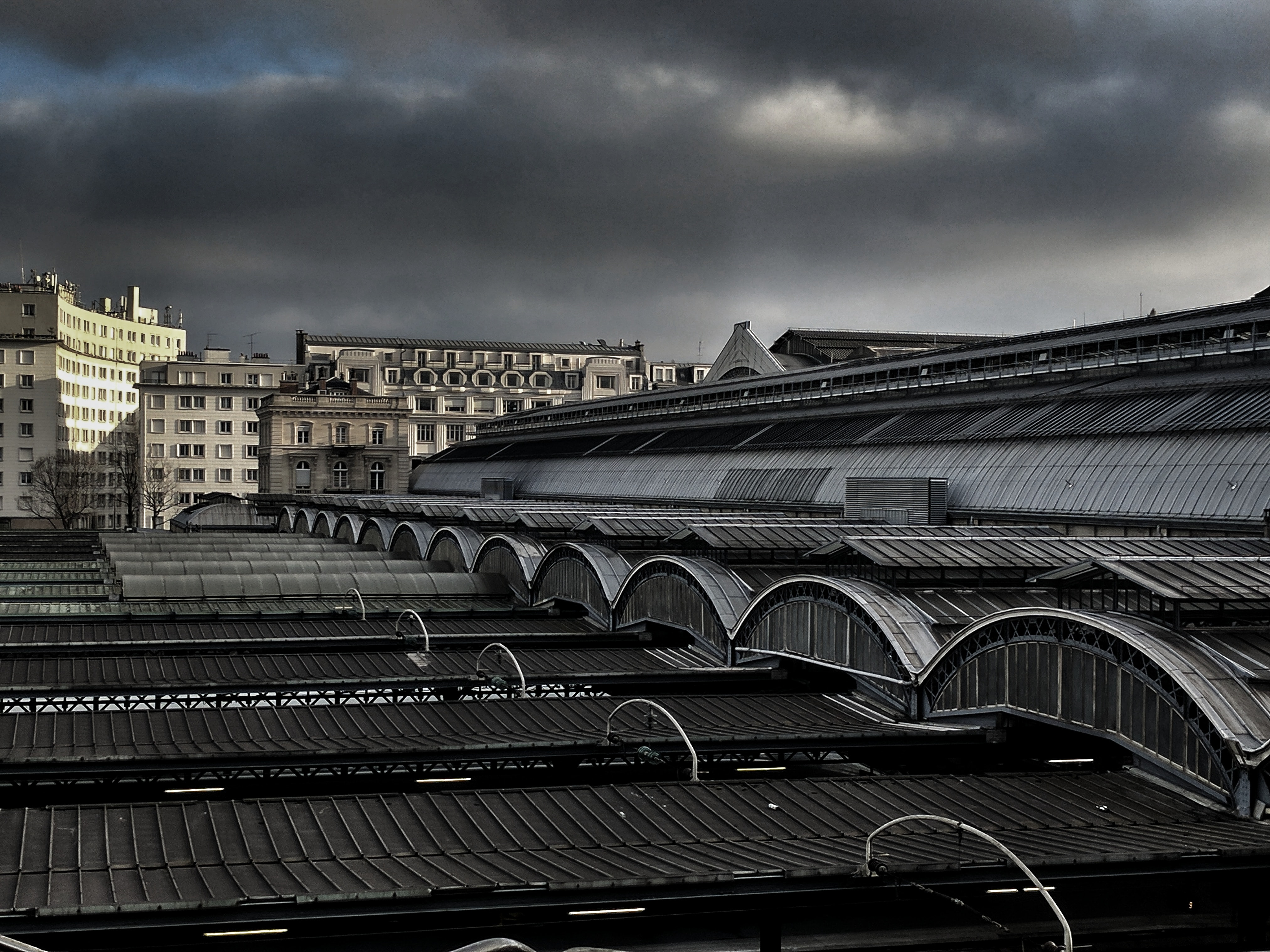 view of concrete building roof