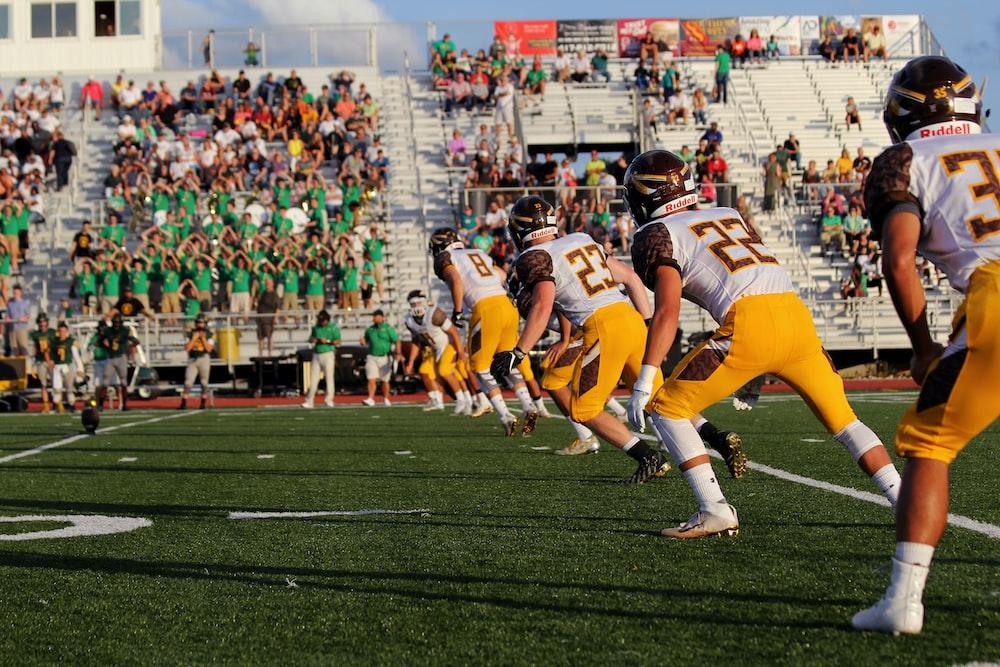 football game photo during daytime