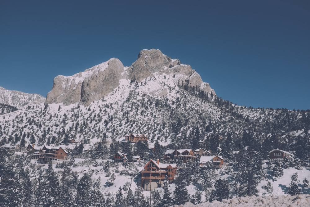 photography of snowy mountain