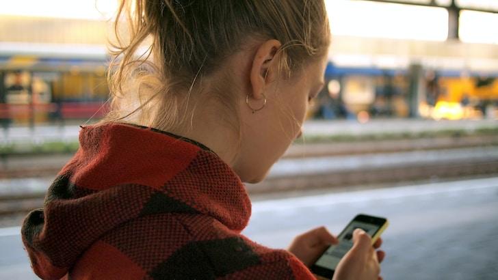 Quale che sia l'attività per cui viene usata, una App che si rispetti deve essere disponibile almeno per i due principali sistemi operativi del mondo mobile: Android e IOS, sia su tablet che smartphone. Nel caso dei giochi online le app per scommesse presentano numerosi vantaggi