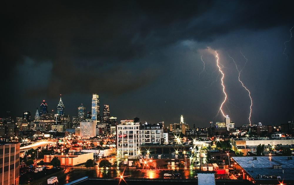 lighting strikes on city