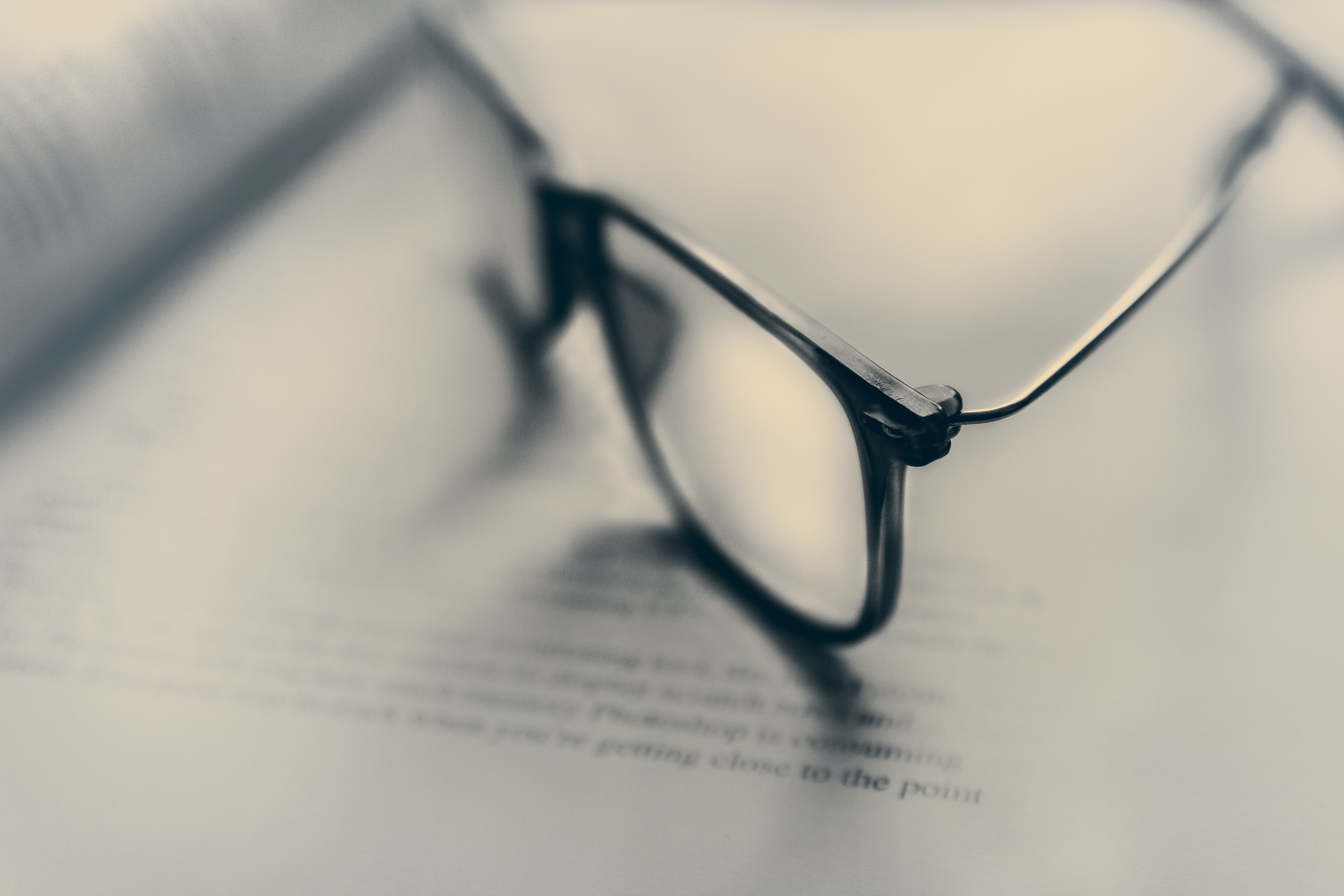 eyeglasses in bokeh photography