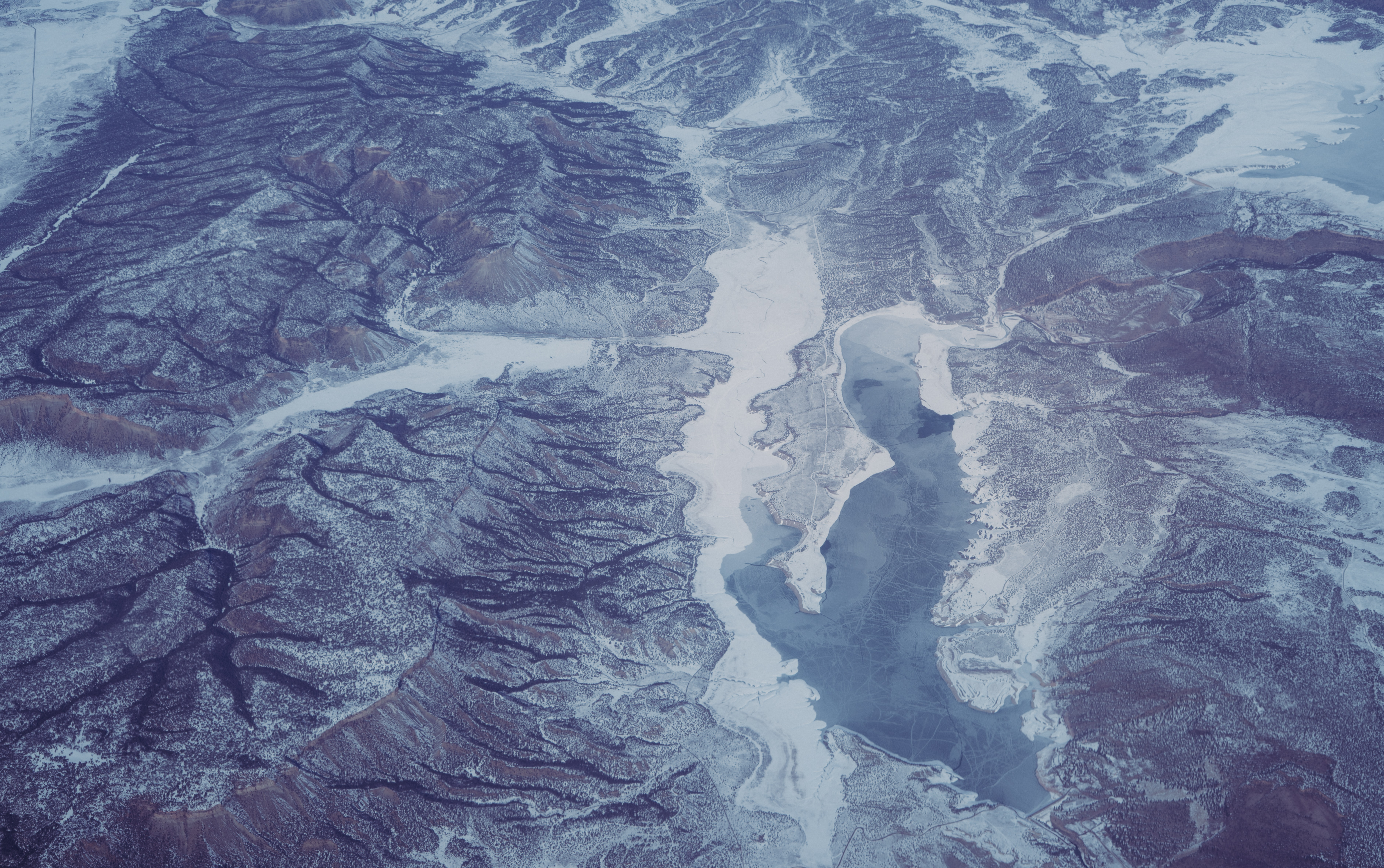 aerial photography of snow-covered mountain