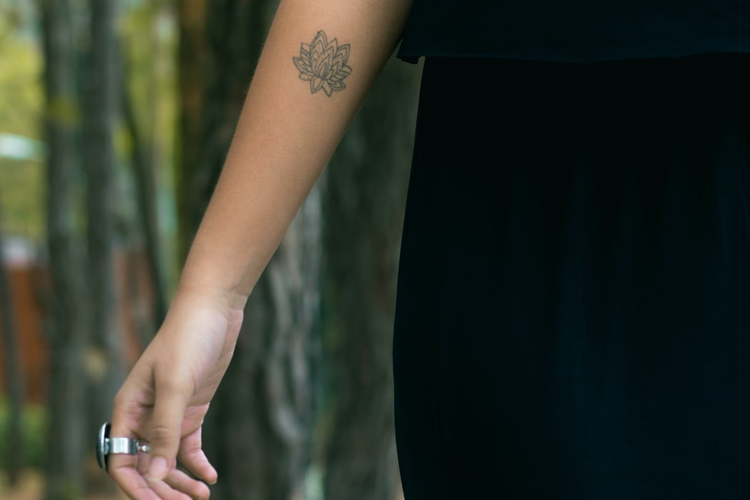 Flower   Tiny Tattoos   15 Adorable Tiny Tattoos That Will Make You Yearn To Get Inked