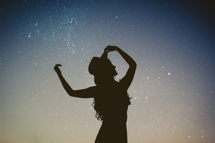 A Step-By-Step Guide To Creating An Aquarius Woman