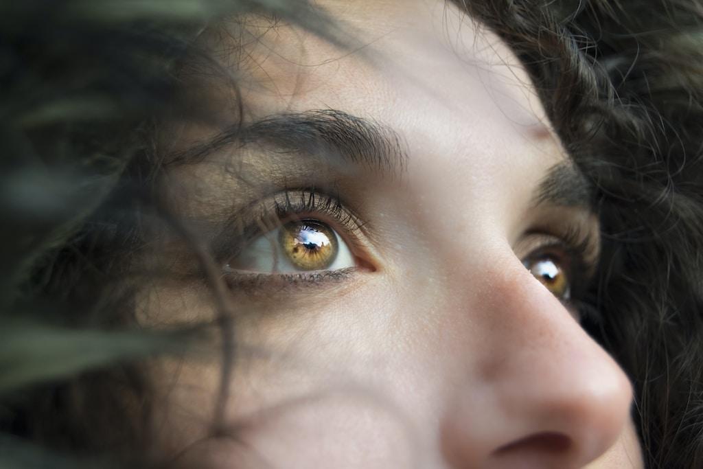 כך תצרי אשליה של עיניים גדולות יותר