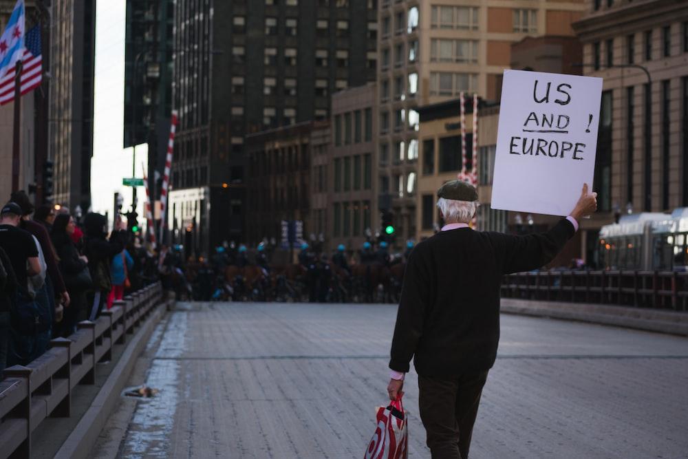 us and europe photo by kayle kaupanger notaphotographer on unsplash