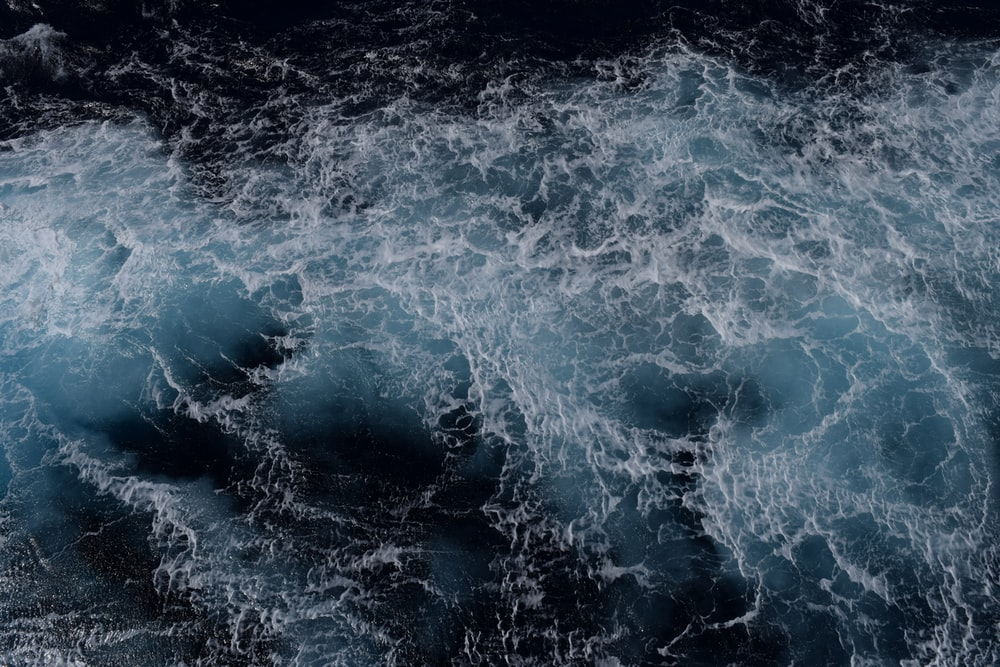 strong waves of body of water
