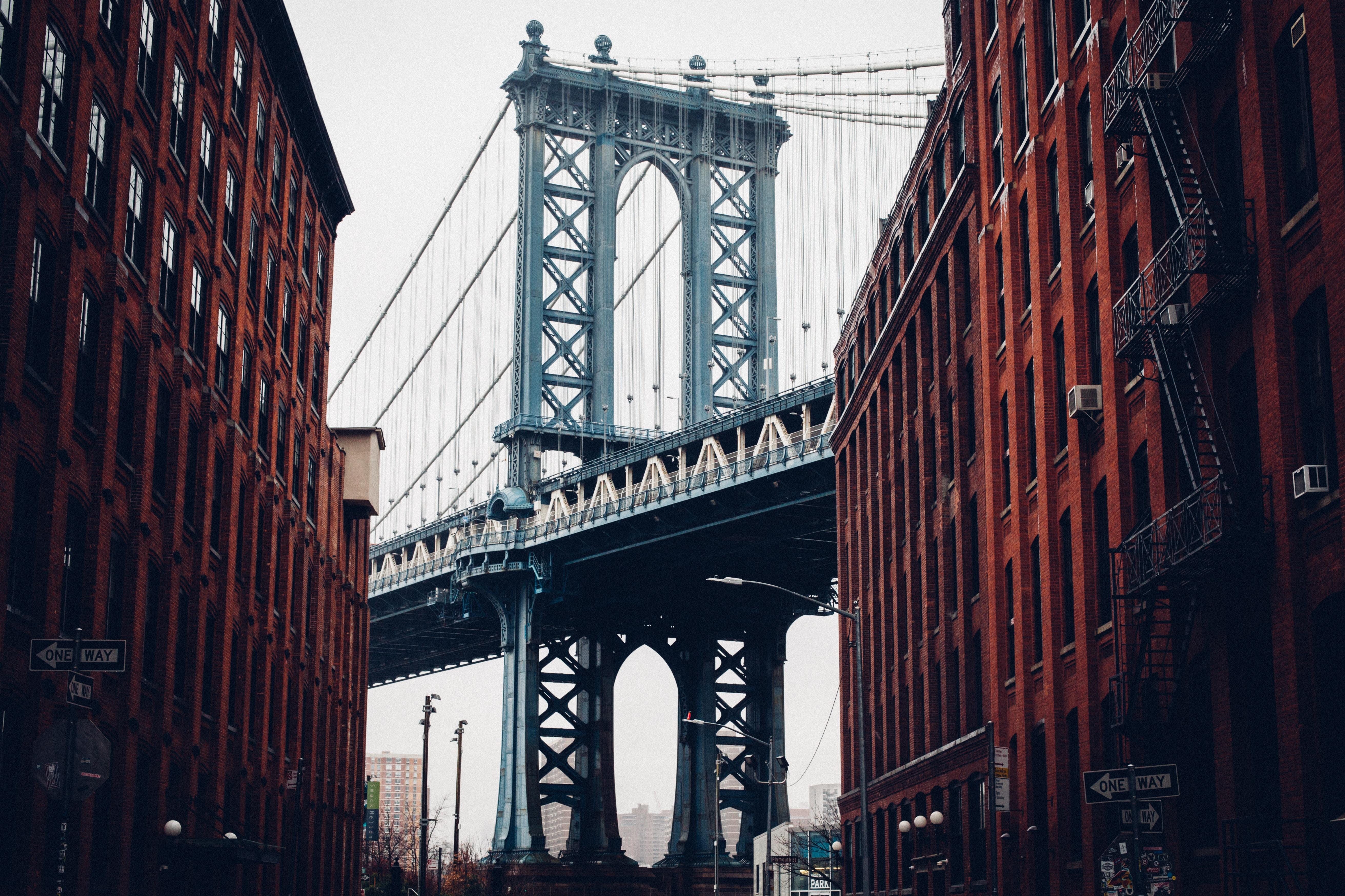 photo of Manhattan Bridge during daytime
