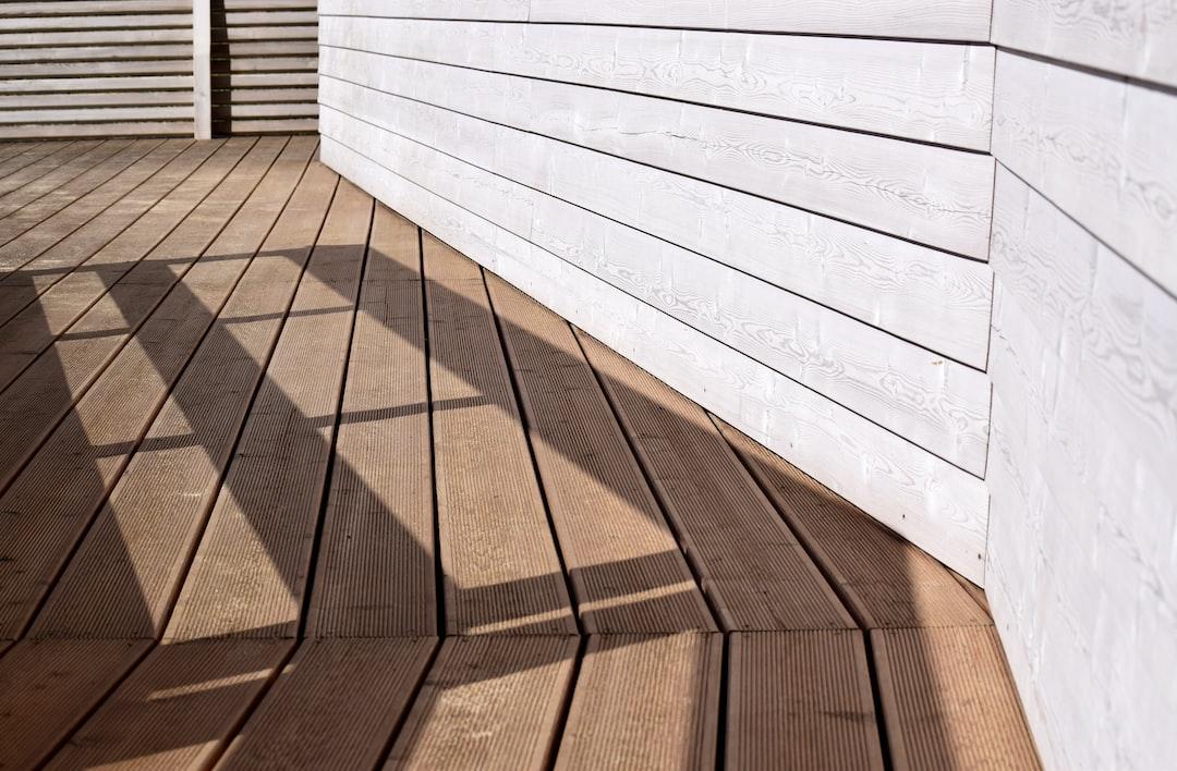 5 Advantages of a Garapa Wood Deck