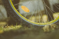 photo of bicycle rim and tire